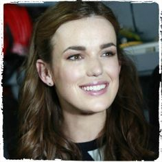 Face Cast: Elizabeth Henstridge as March Hase Famous Celebrities, Famous Women, Celebs, Marvel Women, Marvel Actors, Elizabeth Henstridge, Melinda May, Fitz And Simmons, Sci Fi Tv Shows