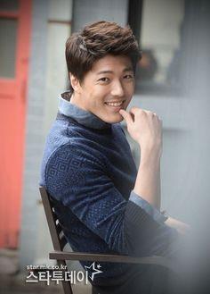 Lee Jae Yoon, Hallyu Star, Asian Celebrities, Korean Artist, Kandi, Asian Men, Korean Actors, Actors & Actresses, Beautiful Men
