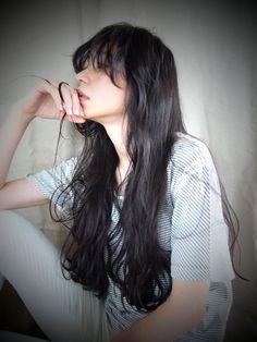 黒髪のみなさん。染めたくて染められないと嘆いている人も多いのでは?でも黒髪ってとっても魅力的な髪型なんです♡セクシーでも可愛くでも、色んなテイストに仕上がります。そんな黒髪の魅力がたっぷりとつまったヘアカタログです。