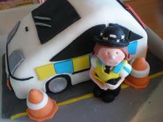 Police car cake www.kitchenfairiesleeds.co.uk