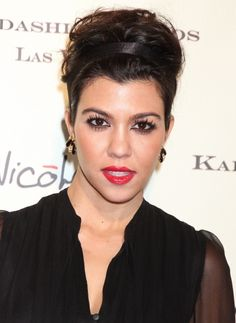 Kourtney Kardashian rocks a super-cute updo