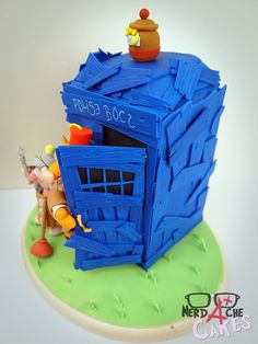 Different Angle- Doctor Who/ Winnie the Pooh Crossover Cake by Nerdache Cakes
