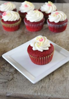 Red Velvet Cupcakes with Vanilla Bean Cream Cheese