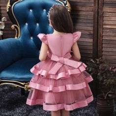 Wholesale Children Clothing,Professional China Garment Factory,T Shirt Factory ,Customs Kids Clothing and All Kinds Of Fashion Designed Children Apparels. African Dresses For Kids, Gowns For Girls, Frocks For Girls, Latest African Fashion Dresses, Little Girl Outfits, Kids Outfits Girls, Toddler Girl Dresses, Girls Dresses, Baby Dresses