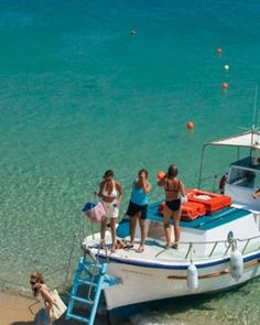 Best Beach in Mykonos | Pietra e Mare has easy access to one of Mykonos' best beaches for ...