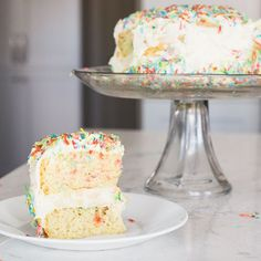 One more shot of my glorious sugar free cake! Recipe is up on hungryelephant.ca