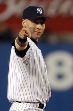 I'm a loyal San Francisco Giants fan but a baseball fan and have to tip the cap to the captain. Thank you Jeter #Re2ect
