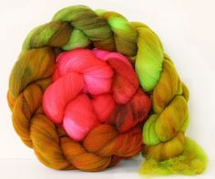 Poison Apple 4 oz Targhee Roving Wool by atomicblue on Etsy