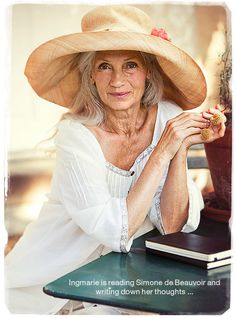 Style has no age limit. Ingmari Lamy who models for Gudrun Sjoden Mature Fashion, Fashion Over, Cheap Fashion, Punk Outfits, Mode Outfits, Beautiful Old Woman, Beautiful Life, Advanced Style, Aged To Perfection