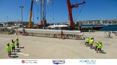 Another image of us at #RSB unstepping the tallest alluminium mast in the world on the 56m Perini sloop #Bayesian (ex Salute) Astilleros de Mallorca - The shipyard for large yachts in Palma, one of the most renowned refit and repair centres in Palma, is project managing her refit whilst her rig is out. This is the second headlining project for a Perini Navi Group Page built #superyacht that RSB Rigging Solutions and Astilleros de Mallorca have worked on together recently. #RiggingInPalma