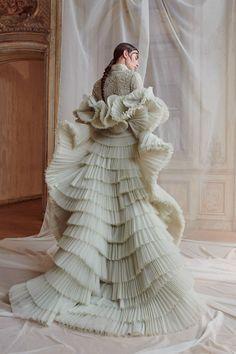 Bridal at Ashi Couture Fall Winter 2018 PFW.