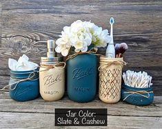 Shop a great selection of Bathroom Organizers. Mason Jar Bathroom Set Of 5 Including Soap Dispenser. Find new offer and Similar products for Bathroom Organizers. Mason Jar Bathroom Set Of 5 Including Soap Dispenser. Mason Jar Seifenspender, Pot Mason, Colored Mason Jars, Quart Size Mason Jars, Mason Jar Bathroom, Mason Jar Flowers, Painted Mason Jars, Bathroom Sets, Rustic Wood Box