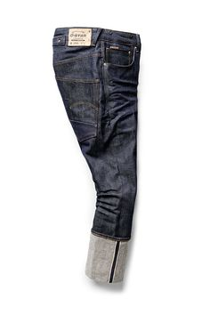 Red Listing by G-Star is a premium range of selvedge denims. Woven on traditional looms, every piece has a rich, authentic surface texture. Raw Jeans, Raw Denim, Blue Jeans, Denim Jeans Men, Denim Boots, Jeans And Boots, Denim Fashion, Fashion Men, Menswear