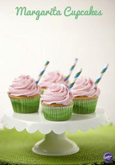 Make these amazing Margarita Cupcakes for Cinco De Mayo!