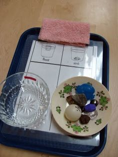 Nice Sink/Float set-up from Itty Bitty Love  --  Creative Curriculum GOLD objectives 1b, 1c, 7a, 11a, 11b, 11c, 11d, 12b, 13, 22, 24, & 26
