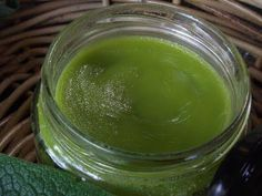 How To Make a Natural Homemade Comfrey Ointment to heal bruises as well as pulled muscles and ligaments, fractures, sprains, strains, and osteoarthritis.
