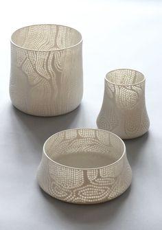 Beautiful rice grain pottery by the Finnish designer Eeva Jokinen  http://www.eevajokinen.com/en/in-the-forest.html
