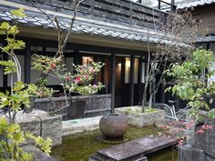 Japanese Modern House, Food Spot, Japanese Architecture, Green Rooms, My Land, Cafe Restaurant, Staycation, Kyoto, Exterior Design