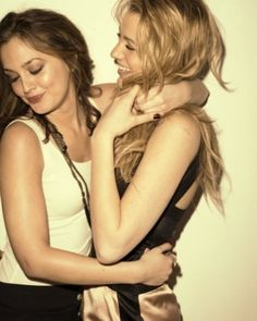 """Blair and Serena...""""Gossip Girl""""  It's a best friend thing. @Shelby Lavicky"""