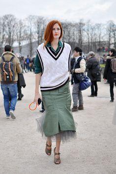 Pajama dressing courtesy of Taylor Tomasi Hill. Daily Fashion, Fashion Editor, Fashion 2020, Star Fashion, Fashion Outfits, Taylor Tomasi, Milan Fashion Weeks, New York Fashion, London Fashion