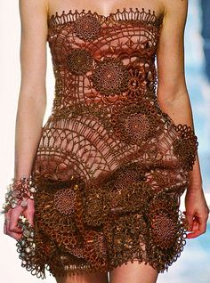 daily-runway:    Grimaldi Giardina Haute Couture Spring/Summer 2009