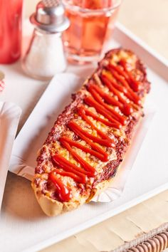 Winter Food, Hot Dogs, Hamburger, Sandwiches, Food And Drink, Ethnic Recipes, Meals, Burgers, Paninis