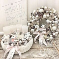 Christmas Advent Wreath, Xmas Wreaths, Christmas Crafts, Christmas Arrangements, Christmas Table Decorations, Handmade Decorations, Advent Candles, Christmas Accessories, Wreath Crafts