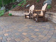 Lakeshore Cobble Circle Paving Stone Patio