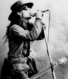 Carl Mccoy -  Fields of the Nephilim.
