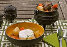 Oxtail final in potjie and bowl