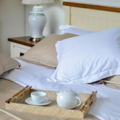 Still in bed? That's what #Beamont&Brown does. With this #hotel luxury #bedlinen, you would want to be in bed all day.