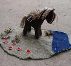 Wool Playmat and Waldorf Toy Horse - Play mat, playscape, scene, all natural materials Felt Games, Wild West Theme, Natural Toys, Little Elephant, Waldorf Toys, Diy Toys, Handmade Toys, Felt Crafts, Wool Felt