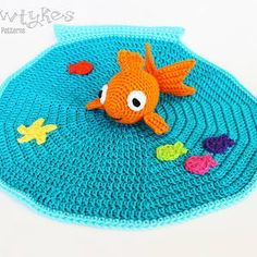 Goldfish Lovey crochet pattern by Briana Olsen, Bowtykes | Mad Mad Makers | http://www.ravelry.com/patterns/library/goldfish-lovey