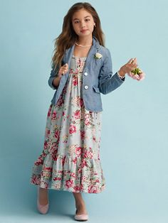 Ralph Lauren offers luxury and designer men's and women's clothing, kids' clothing, and baby clothes. Girls Clothing Brands, Girls Fashion Clothes, Little Girl Fashion, Kids Fashion, Clothes For Women, Girls Dresses Sewing, Girls Maxi Dresses, Baby Clothes Patterns, Girl Dress Patterns