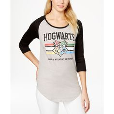 Bioworld Juniors' Harry Potter Hogwarts Graphic Baseball Tunic T-Shirt (105 DKK) ❤ liked on Polyvore featuring tops, athletic heather, baseball tee shirt, baseball t shirt, white baseball shirt, baseball tshirt and graphic tops