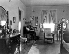 Bedroom in 1910 | Bedroom, 321 Clifton, Minneapolis, 1910. | Home Decorating Ideas