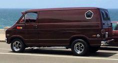 Gmc Vans, Dodge Van, Old School Vans, Vanz, Day Van, Cool Vans, Vintage Vans, Sweet Cars, Jeep Truck