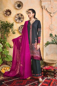 Ethnic by Outfitters Fancy Winter Dresses Casual Shirts Designs 2020 Collection consists of linen khaddar shawl dresses, velvet suits, stitched kurtis Winter Dresses, Casual Dresses, Fashion Dresses, Indian Tops, Winter Suit, Velvet Suit, Pakistani Outfits, Punjabi Suits, Formal Wear