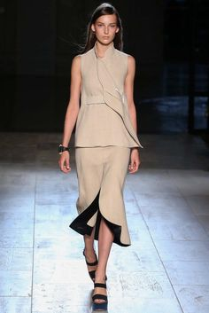 Victoria Beckham Spring 2015 Ready-to-Wear - Collection - Gallery - Look 2 - Style.com #nyfw