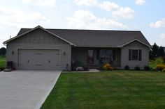 Ranch style home. 1550 sq ft. 3 bedrooms