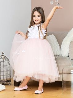 Luxury light pink girl's dress with butterflies, birthday party baby outfit, flower girl fluffy tulle dress with applique, wedding baby Birthday Girl Dress, Girls Party Dress, Birthday Dresses, Little Girl Dresses, Wedding Party Dresses, Baby Dress, Girls Dresses, Party Wedding, Dress Party