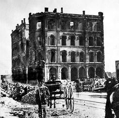 The Tribune building at the southeast corner of Dearborn and Madison Streets after the Chicago Fire of 1871