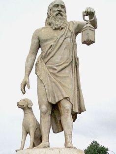 Diógenes de Sinope, também conhecido como Diógenes, o Cínico, foi um filósofo da Grécia Antiga. Wikipédia. Nascimento: 412 a.C., Sinop, Turquia. Falecimento: 323 a.C., Corinto, Grécia