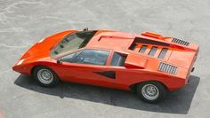 1971 Lamborghini Countach LP400 The ever classic McLaren F1 Don't forget to sign up for Automo Weekly, the curated email newsletter for gearheads! http://weekly.getautomo.com
