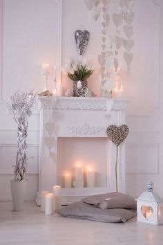 43 ideas diy christmas fireplace decorations kids for 2019 Diy Christmas Fireplace, Faux Fireplace Mantels, Christmas Diy, Fireplace Decorations, Mantles, Fireplace Ideas, Fireplaces, Decoration Vitrine, Diy Home Decor