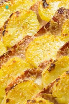 Bacon, Onion and Potato Bake - Pinch Of Nom Slimming Recipes Slimming World Treats, Slimming World Recipes Syn Free, Slimming World Diet, Slimming Eats, Slimming Word, Quark Recipes, Diet Recipes, Cooking Recipes, Healthy Recipes