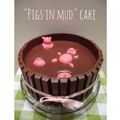 'Pigs in mud' cake for mom's birthday