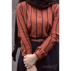 """3,359 Likes, 1,188 Comments - Elif  #tesettur #hijab (@eminelifbutik) on Instagram: """"Koyu kırmızıı eteğimizinn efsaneliğiiiiiiii ileee huzurlu pazarlar diliyorummm hepinize  ekrunun…"""""""