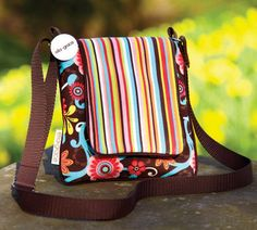 Ella Grace Hipster Cross Body Purse. NEED this! Colors are just so me.