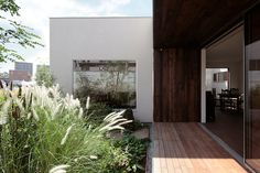 private terrace / hidden from view